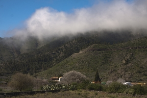 Wolken über Santiago del Teide