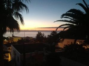 denken bei Sonnenuntergang