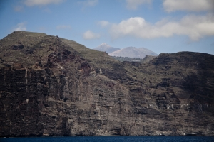 Teiede und alter Teide hinter den Giganten