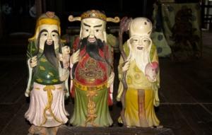 Hoi An - Figuren in einem antiken Haus
