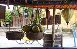 Hoi An - Kokosnuss Deko auf einem Boot