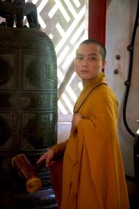 junger Mönche