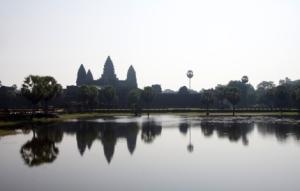 Silhouette Angkor Wat