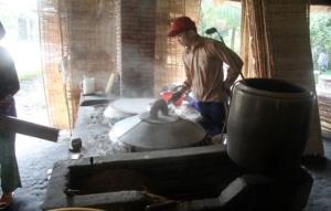 hier werden Reisnudeln hergestellt