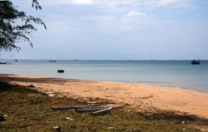verlassen am einsamen Strand