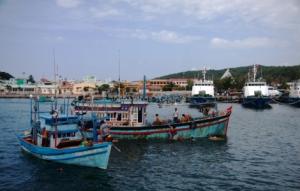 Fischerboote vor An Thoi