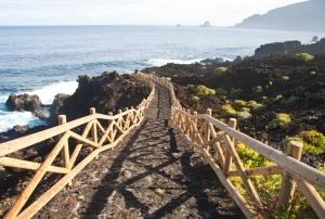 Wanderweg zur Küste
