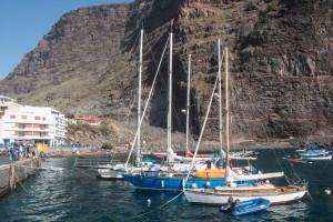 Valle Gran Rey - Vueltas - Segelboote im Hafen