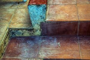 Spuren der kleinen Umbaumaßnahme - überall