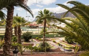 Minigolf, Tennis und Tipsy Terrace