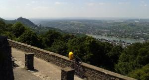 Blick vom Petersberg auf den Rhein
