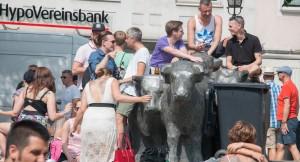 CSD in München am Rindermarkt - viel Haut, bunte Farben und viel Spaß