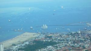 Warnemünde und die Sail von oben