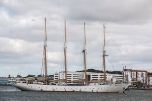 Santa Maria Manuela Country of registration: Portugal Rig: Gaff Schooner 4 Year launched: 1937 Crew: 68 www.santamariamanuela.pt