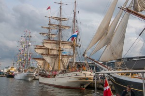 Europa Country of registration: The Netherlands Rig: Barque 3 Year launched: 1911 Crew: 64 www.barkeuropa.com
