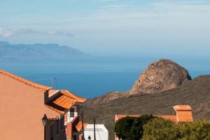 Blick auf den Risco Blanco und nach La Gomera