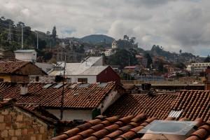 Blick über die Dächer im Viertel Candelaria