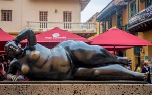 Cartagena - Liegende Schönheit von Botero