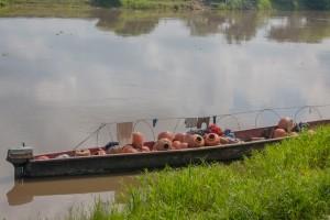 Mompox - Boot mit Krügen