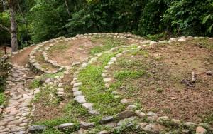 Taironaka Park - Terrassen, auf denen die Hütten der Indios gebaut waren