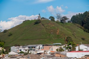 "Popayán - Blick auf den ""Hausberg"" El Morro de Tulcán"