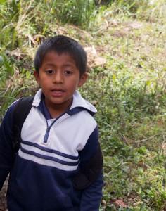 San Augustin - ein Schuljunge fährt mit uns mit, da er sonst einen sehr langen Schulweg hätte