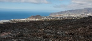 San Nicolás - Blick über den Lavastrom zur Westküste