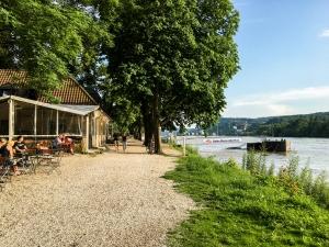 Rheinufer Grafenwerth