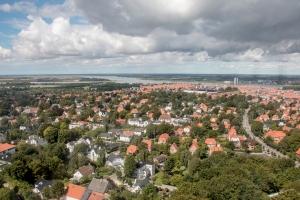 Blick über Aalborg mit Fjord
