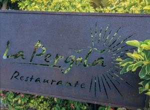Teneriffa - rostiges Restaurantschild